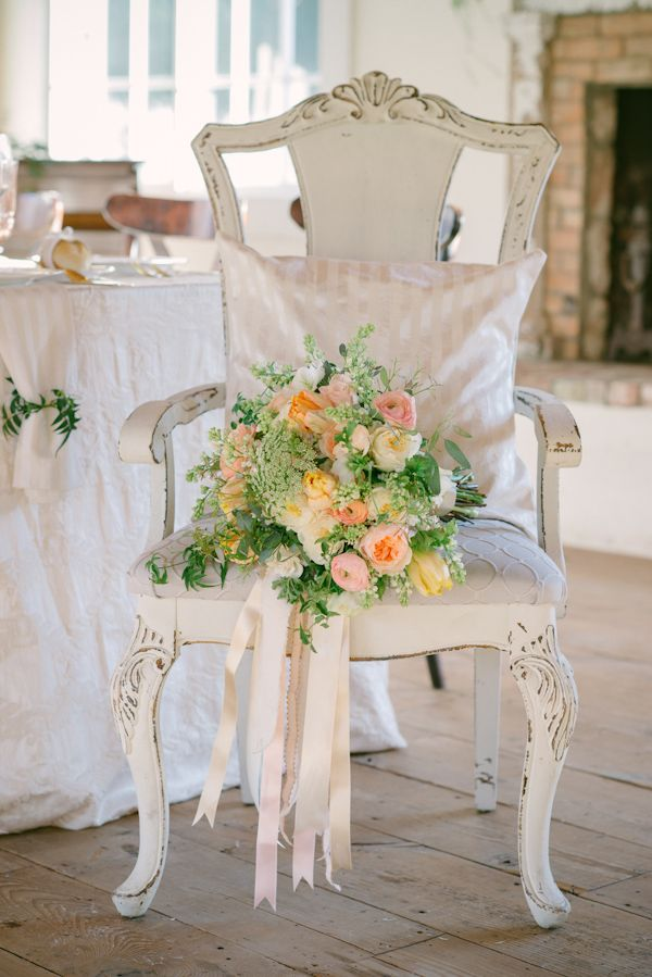 Photo: Krista Mason Photography | Design: Peony  Plum Floral Design