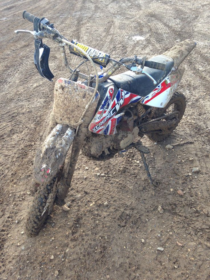 Loving the mud today, not sure the bike did. 140f pitbike. CW bikes.