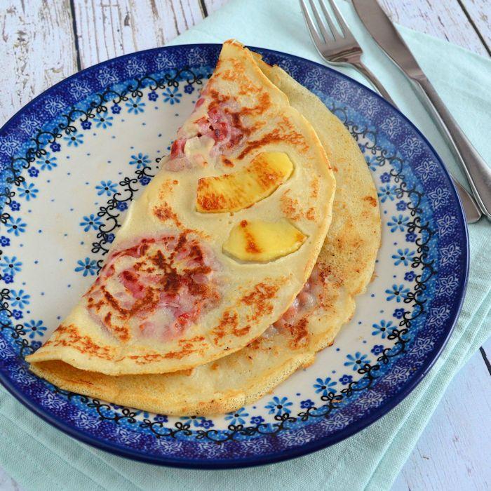 Ben jij een echt pannenkoekenmonster? Dan zul je deze appel spek pannenkoeken ook heerlijk vinden! Recept staat hier voor je klaar!