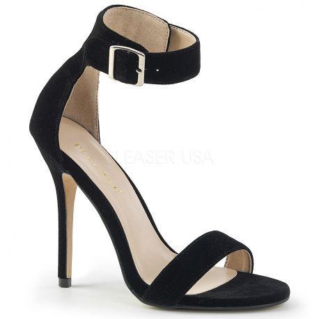http://www.lenceriamericana.com/calzado-sexy-de-plataforma/40100-sandalias-terciopelo-con-tacon-aguja-y-correa-ancha-en-talla-35-a-48.html#/1043-color-negro/5-calzado_mujer-05_mujer_35/100238-embalage-caja_normal_de_carton