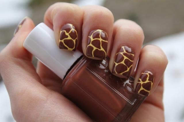 die besten 25 giraffen n gel ideen auf pinterest zehenn gel lackieren nagelbilder und. Black Bedroom Furniture Sets. Home Design Ideas