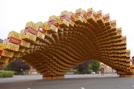 Eco-friendly architecture is in vogue around the world with innovative building materials cropping up. The latest is 2000 beer crates used to make Boxel, a temporary experimental pavilion created by digital design students from the University of Applied Sciences in Detmold, Germany within a week. Turning beer crate into building is sure an eye-popper!!