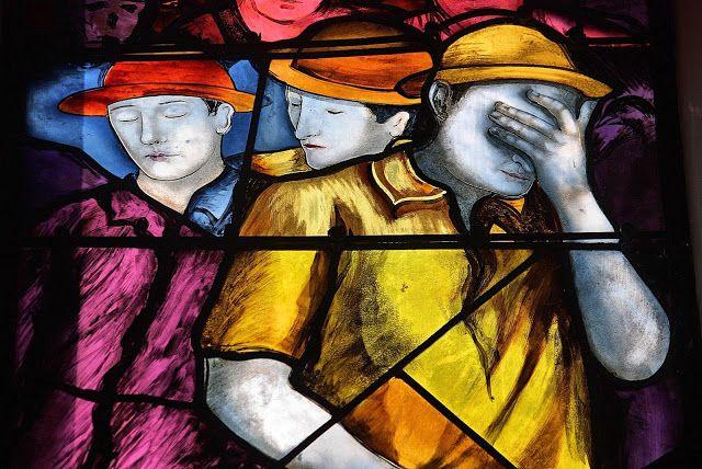 Détail d'un des dix-neuf vitraux du Centre minier de Faymoreau (Vendée) France