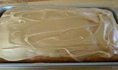 Le plus MOELLEUX et certainement le plus décadent des gâteaux aux bananes glacés au caramel!