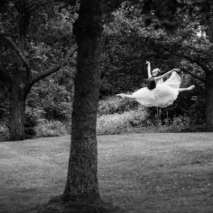 Ksenia Zhiganshina of Vaganova Ballet Academy. Photo by Stas Levshin.