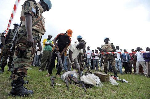 Abidjan, 25 juil (AIP)- La porte-parole adjointe de l'ONUCI, Rosamond Bakari, a, lors d'un point de presse qui s'est tenu vendredi au siège de l'opération, à Abidjan, indiqué que la situation sécuritaire ''demeure calme'' en Côte d'Ivoire.