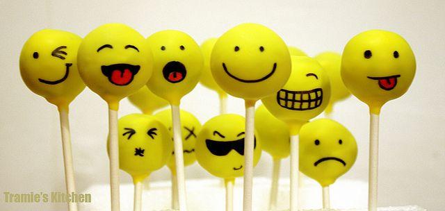 Happy faces cakepops