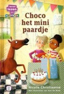 Choco het mini paardje. Choco de pony wordt slecht verzorgd door haar baasje. Op een dag loopt ze weg. Zal ze een fijne plek vinden om te wonen? AVI-M4. Vanaf ca. 7 jaar.