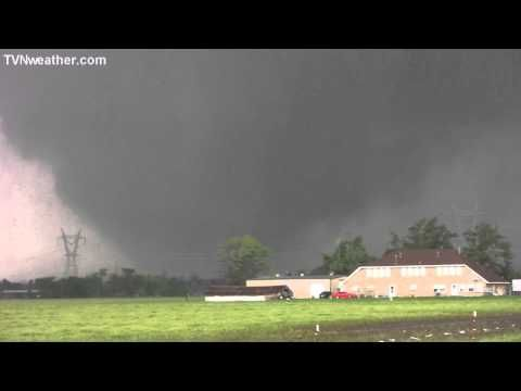 Wow. Massive, destructive tornado Moore in Oklahoma on May 20, 2013. Storm Chasers say this was the worst and most violent they'd have ever seen. So many tornadoes in this area its amazing people still live around here.