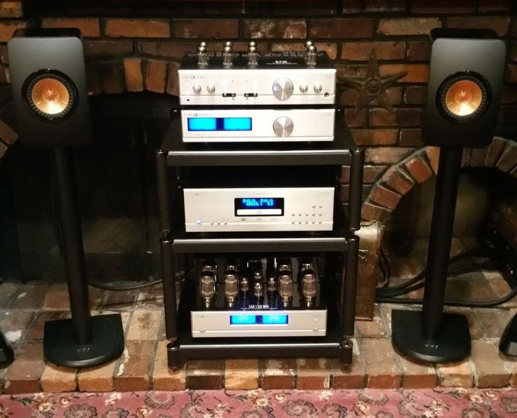 KEF Reference 5, Mark Levinson No 585, Audience conditioner, Iconoclast and Clarus Cabling