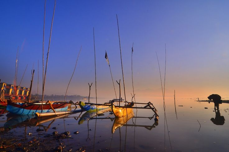 the misty lake by Didik Hariadi on 500px