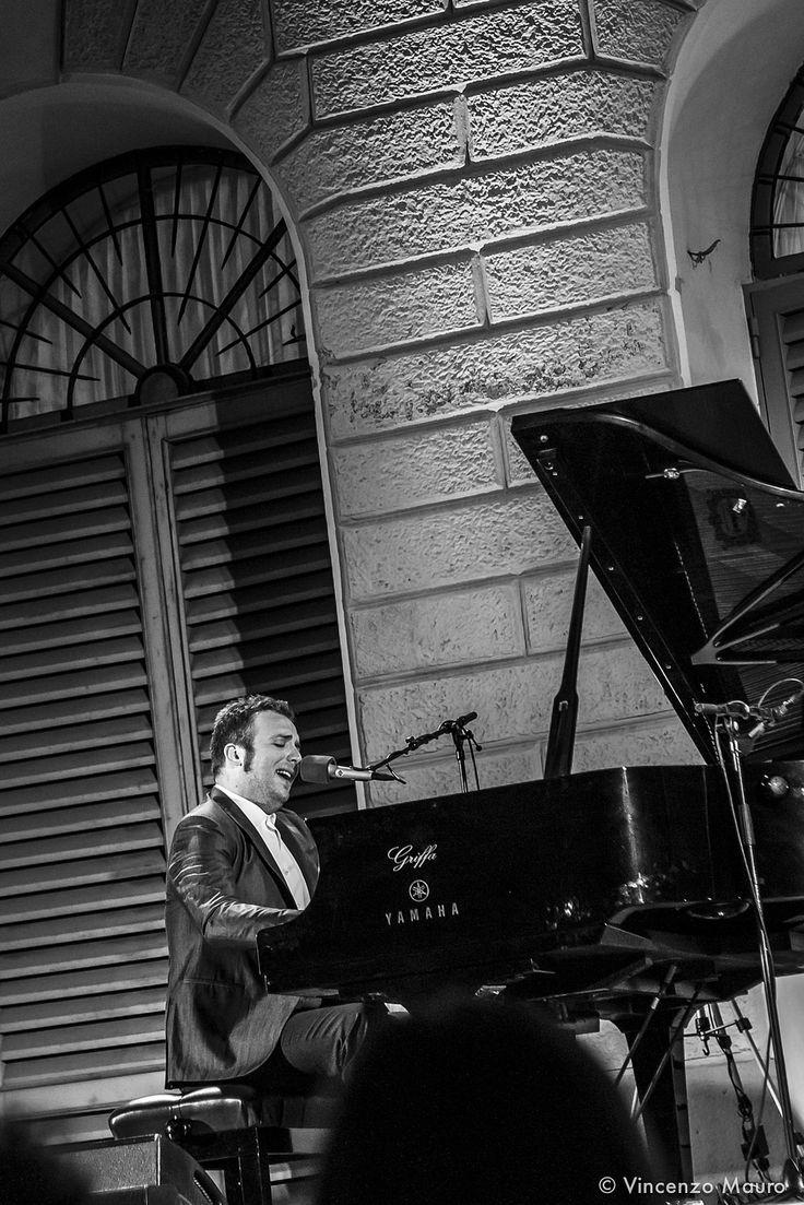 Raphael Gualazzi @ PianoCityMilano 2014.