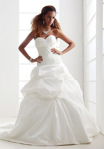 1000 images about a line wedding dresses with lace on for Strapless body shaper for wedding dress