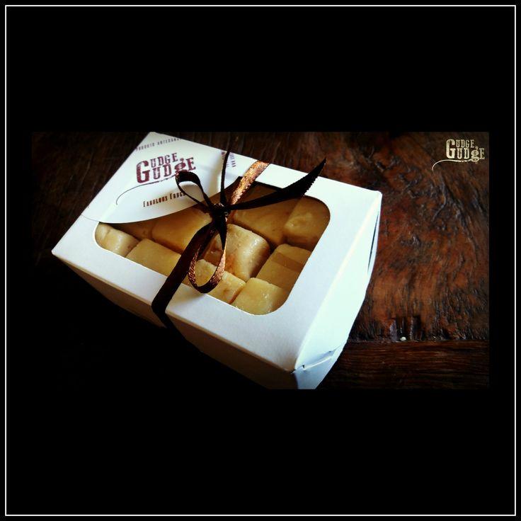Uma caixa de Fudge - Presente perfeito para Natal <3  Amo Gudge Gudge !!!
