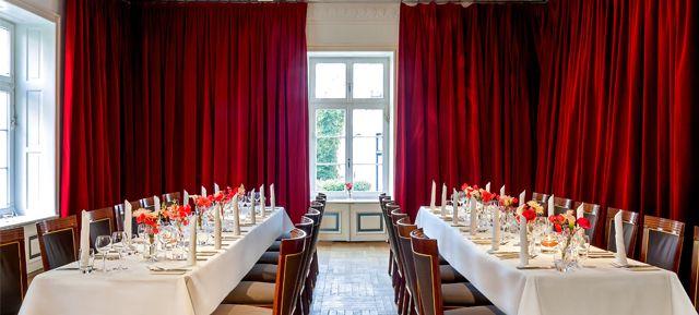Theater im Zimmer  - Top 40 Weihnachtsfeier Location Hamburg #hamburg #event #location #top #40 #feier #weihnachtsfeier #weihnachten #christmas #business #privat #party #firmen #event #christmas #soon #prepare #organise