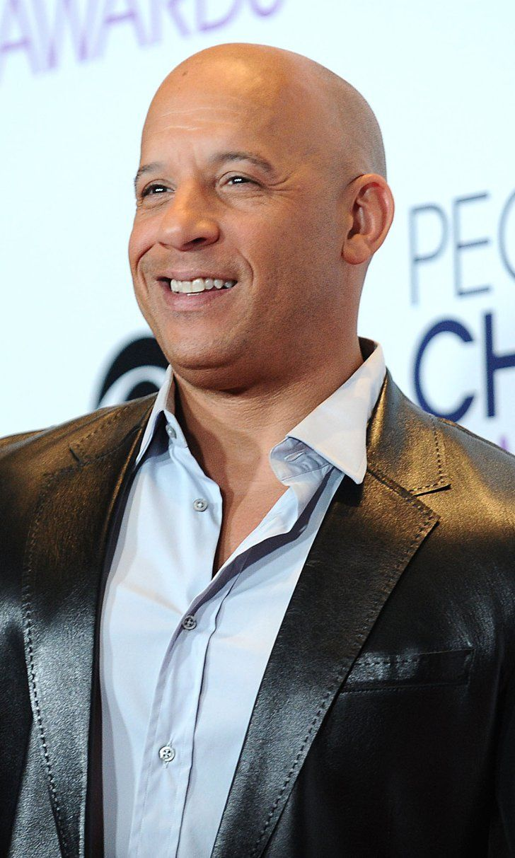Vin diesel shares a shirtless beach snap because why not