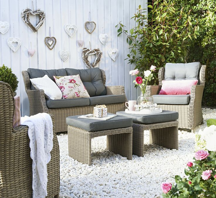12 best images about lekker loungen tips en idee n voor de ideale loungeset in jouw tuin on - Moderne stijl lounge ...