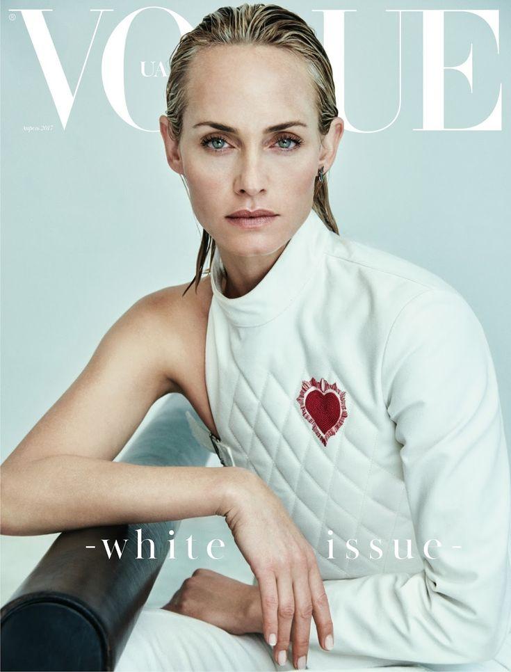 Улыбка: Эмбер Валлетта в Vogue Украина апреля 2017 года Крис Colls