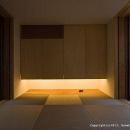 内原の家 (琉球畳を敷き詰めた和室)
