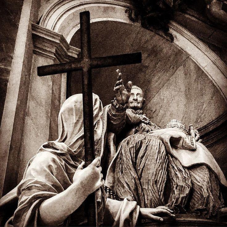 Monumento funebre di papa Innocenzo XI con l'allegoria della Fede sec. XVIII by sitri2015