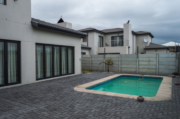Why I lIve In Cape Town - What a property!!