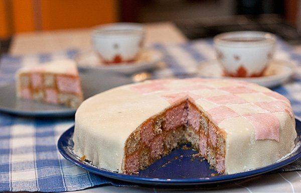 Battenberg Cake  / Chief-Cooker