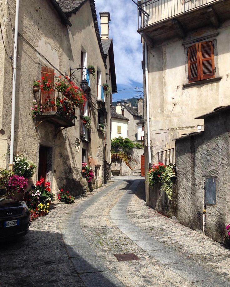 "172 Likes, 8 Comments - Alberto Neri (@albertoxneri) on Instagram: ""📍🌍 #bogliasco #Genova #igersitalia #ig_liguria #italiainunoscatto #gopro #gopro_epic #canon…"""