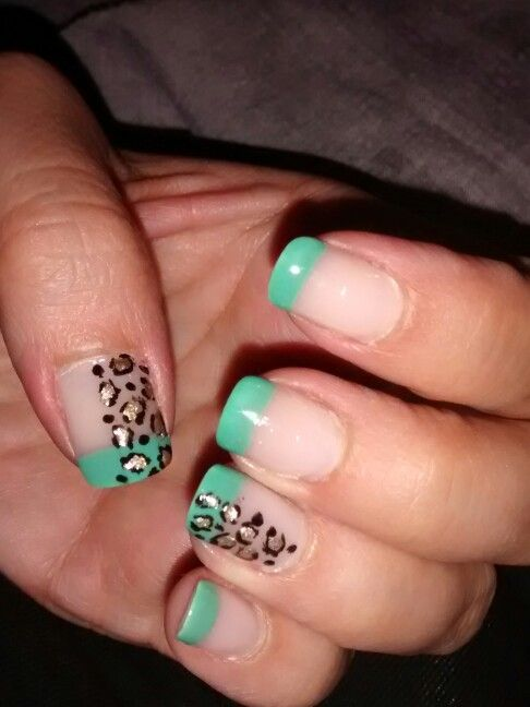 French Tip w Gold leopard