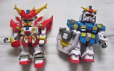 Lot of 2 Transformers Action Figures Bandai 03 China 72503 Red Blue