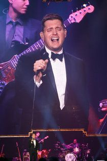 Michael Bublé at BMO Harris Bradley Center - JSOnline