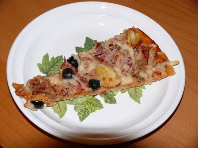 Maukas gluteeniton pizza. Reseptin teki Kotikokki.netin nimimerkki Zwerg