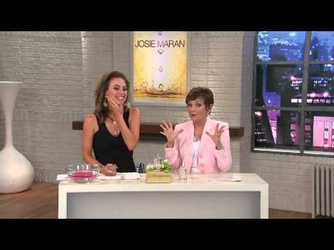 Josie Maran Nirvana Hydrating Treatment Mist with Jane Treacy - http://maxblog.com/4689/josie-maran-nirvana-hydrating-treatment-mist-with-jane-treacy/