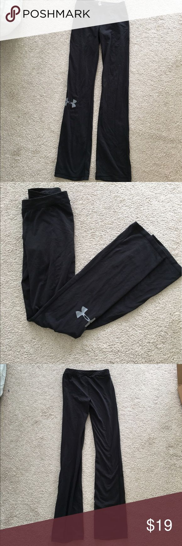 Women's Under Armour Yoga Pants Authentic Under armour fitted yoga pants. Thin elastic band at the top. Very slight bootcut fit like most yoga pants. Thin soft material! In perfect condition - zero damage or signs of wear. Under Armour Pants Track Pants & Joggers
