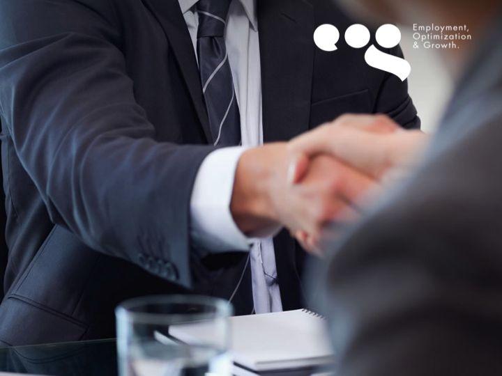 EOG TIPS LABORALES. ¿Qué significa ser una empresa responsable? Es la capacidad existente en toda organización activa, para reconocer y aceptar las consecuencias de un hecho que ha realizado libremente, es decir, la capacidad de responder ante las consecuencias de sus actos. En EOG, llevamos a cabo de manera responsable nuestros procesos y servicios. #eog