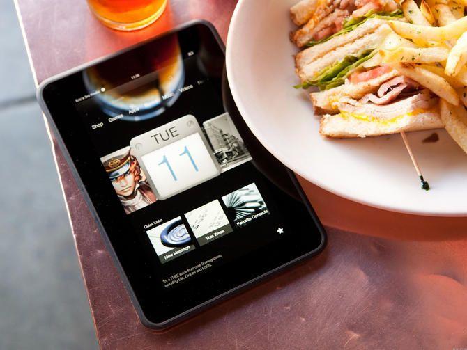 Las fotos del Kindle Fire HD no lo favorecen, pero al menos lo intentaremos.