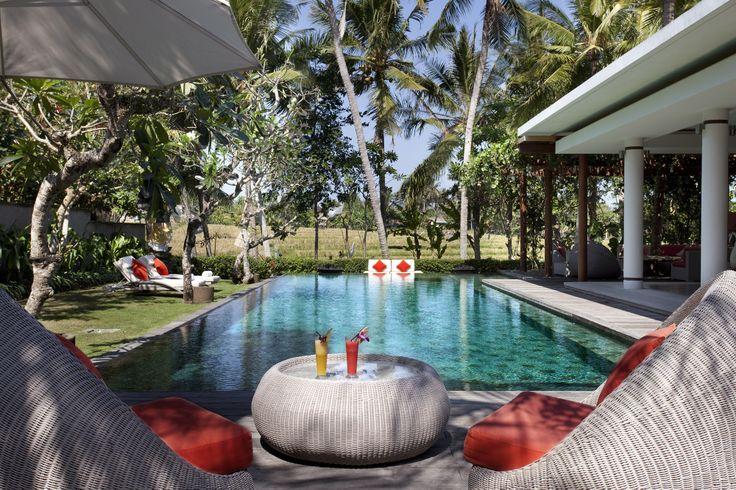 Poolside view Villa Dewi Sri Bali http://prestigebalivillas.com/bali_villas/villa_dewi_sri/20/photo/