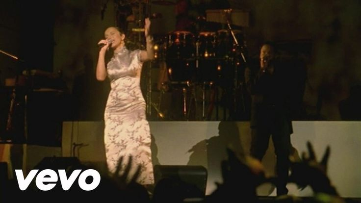 """Sade - """"The Sweetest Taboo""""  - Lovers Live Tour, 2001"""