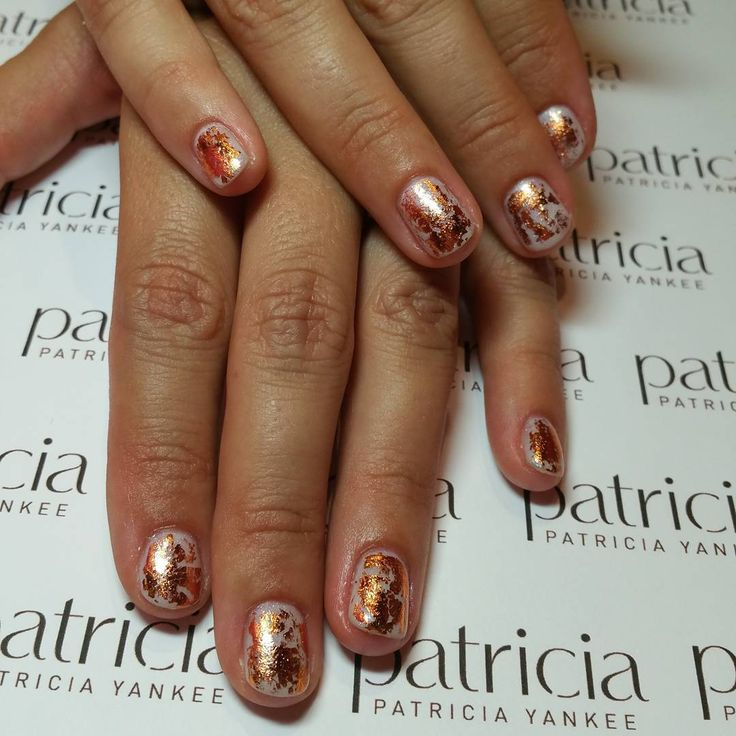 Nail art Rose gold foil for @alexmysak #notd #naturalnails #gelpolish #opi #mychiffon #foil #rosegold #copper #nofilter #courtneyakilashboutique #nyclocation #patricianaillacquer #patriciayankee #rickysnyc #trends #summernails @courtneyakailash