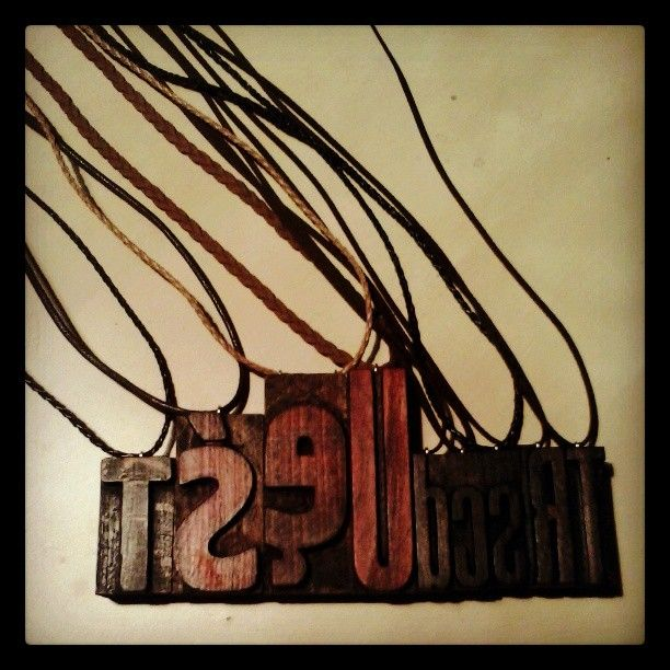 #letterpress #necklace #typography #jewelry #pendant #brzydko #vintage #wood #retro #type #fashion #style #accessories
