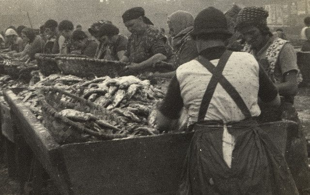 050209:Fishwives North Shields unknown c.1950s  The North Shields I remember [some of these women could smell rather fishy]