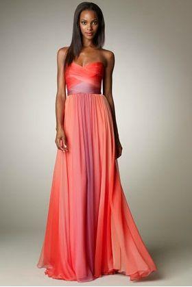 Essa mancha no meio tá meio estranha mas gostei da estrutura do vestido  Vestido de madrinha de casamento (dizem) Coral