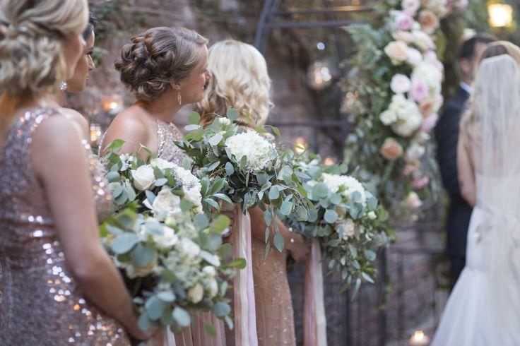 Romantic Summer Wedding in Sacramento | Sacramento, CA  FIREHOUSE SACRAMENTO VENUE  Photographer: Jen Bar