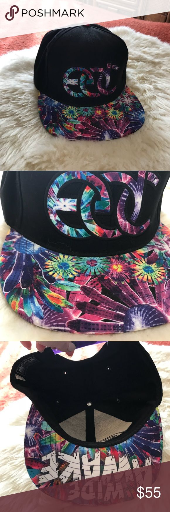 """RARE Limited Edition Insomniac EDC Wise Awake Hat Awesome hat from 2014 Electric daisy carnival. Limited edition, under the brim says """"wide awake"""" Snap back Made by into the AM EDC Accessories Hats"""