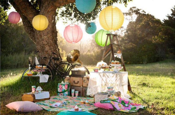 This New Zealand picnic is the perfect wedding backdrop