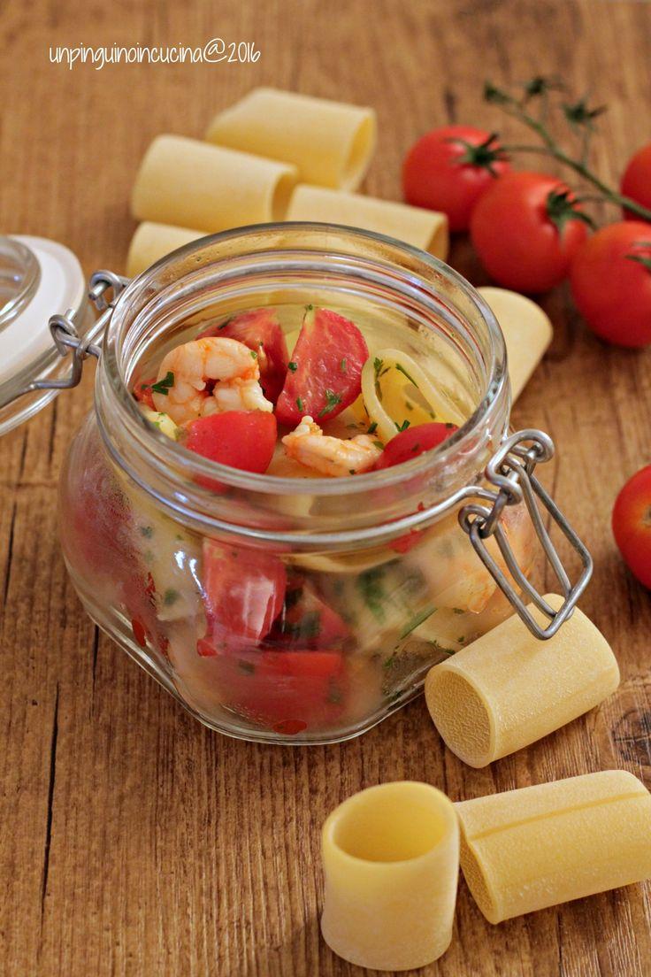 Paccheri with Prawn and Cherry Tomatoes (served cold) - Paccheri freddi con gamberi e pomodorini | Un Pinguino in cucina
