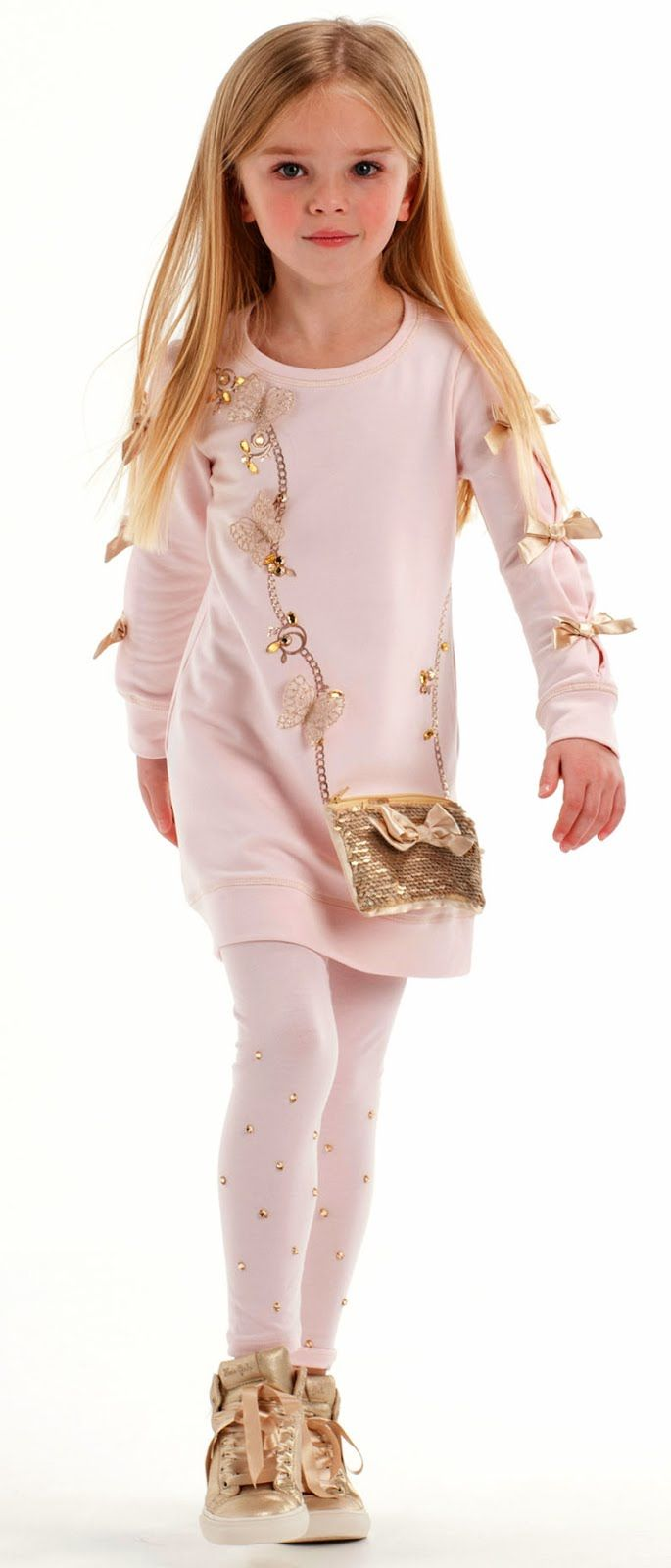 ALALOSHA: VOGUE ENFANTS: Must Have of the Day FW'17: Candy-coloured frills and pretty floral accents by Kate Mack & Biscotti