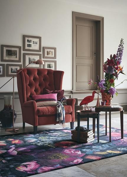 Why not add a touch of luxury to your floors today. The Ted Baker Shadow Floral 58005 Designer Wool / Tencel Rug will do just that!