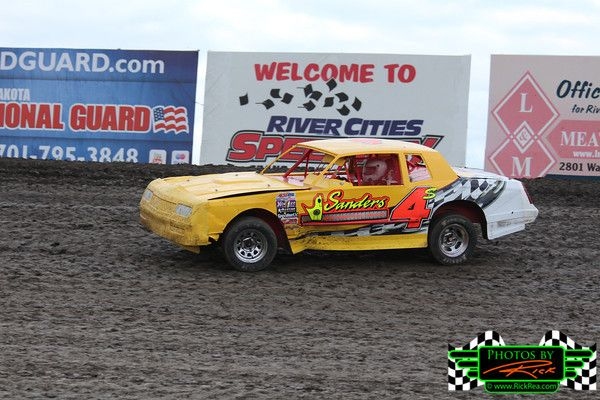 #4S Street Stock of Rick Schulz from Horace ND racing hard in his great looking Street Stock on The Legendary Bullring River Cities Speedway...