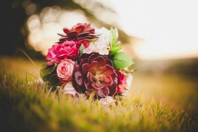 Confira essa nossa seleção das 75 fotos dos mais lindos e estilosos buquês de noiva que você já viu, e escolha o seu!