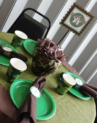 """Photo 10 of 15: Como Theme with Green Army Men / Birthday """"Army Camo Party"""" 